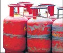 Andhra to give additional cooking gas cylinders only to poor