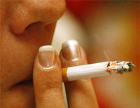 Smoking cuts life expectancy by 10 years: study