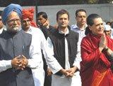 Aggressive Cong backs FDI, reforms