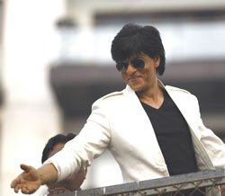 It's lonely at the top, feels Shahrukh