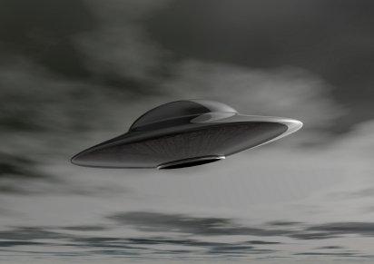 Over 100 UFOs sighted along China border