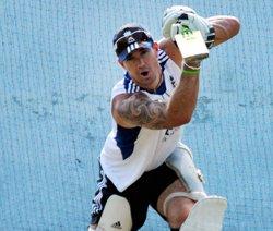 Pietersen smashes century as England plunder Haryana