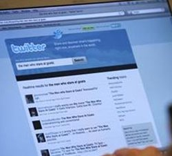 Twitter mistakenly resets passwords of large number of users