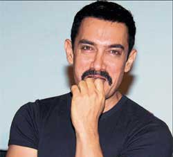 Aamir never stepped on my toes, says 'Talaash' director