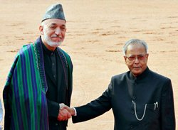 Request Indian businesses to come to Afghanistan: Karzai