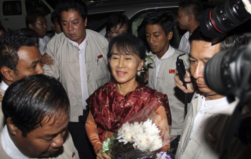 Suu Kyi comes on Diwali to light up India connect