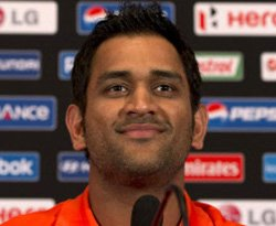Dhoni rules out three spinners