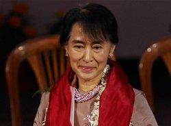 Suu Kyi arrives in City