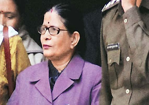 UP ex-chief secy gets 3-year jail