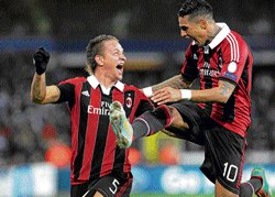 Mexes stunner puts Milan into last-16 stage