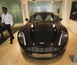 Aston Martin at centre of bid war after M&M offer