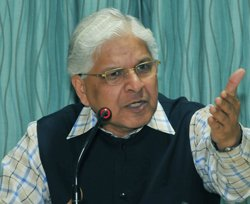 Government talks to allies, hopeful of FDI resolution