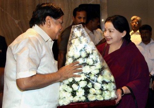Shettar, Jaya fight bitterly at Cauvery meeting