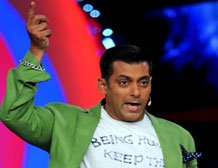 Court summons Salman, cop in hit-and-run case