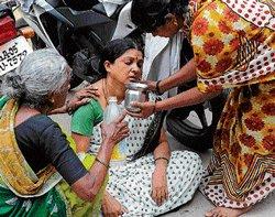 'Mentally ill' woman sets self, son ablaze