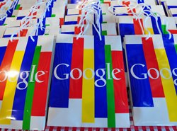 Google+ adds members, photo-sharing app