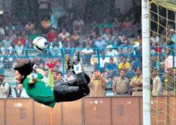 Brazilians enthrall Kolkata