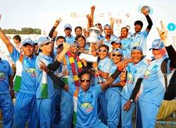 India beat Pak, emerge champs