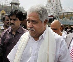 'Pauper' Mallya offers 3 kg gold to Tirumala