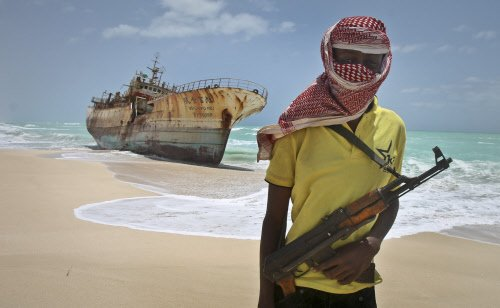 Nigerian Navy goes after pirates to rescue five Indians