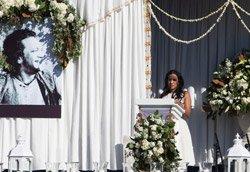Hundreds pay tribute to legendary sitarist Ravi Shankar
