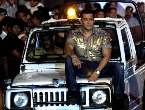 SRK, Salman in race for banana awards