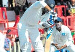 Mishra, Yadav defy Karnataka
