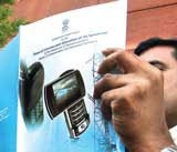Spectrum sale in March;Cabinet to decide on price cut for CDMA