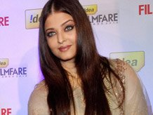 Aishwarya keeps mum on comeback in Bollywood