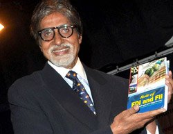 Amitabh Bachchan felicitated by University of Mumbai