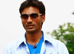 Dhanush eager to do comedy