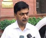 Home secretary backs Shinde on 'saffron terror'