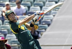Maxwell gets million-dollar deal, stars ignored at IPL auction