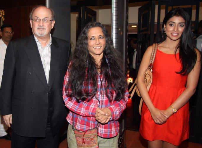 I felt very safe in Deepa Mehta's hands: Shriya Saran