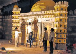 Sahitya sammelan begins today in 'land of Minars'