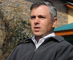 Omar slams Centre for Afzal Guru execution