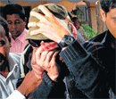 Rape case mother's plea hands Hollande India dilemma