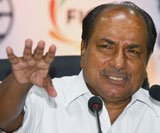 Tension reduced on Indo-Pak border, but not yet normal: Antony