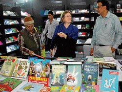 French literature attracts citizens