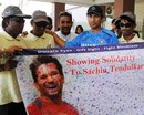 Tendulkar spends time with members of blind foundation