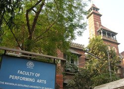 MSU professor held for lacing VC chair with itching powder