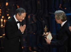 Ang Lee says 'Namaste' at Oscars, Indian fans ecstatic