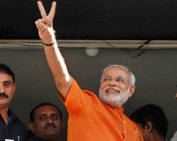 Printers protest Modi as chief guest, pullout from conference