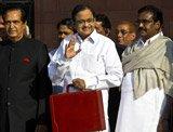 Chidambaram presents national budget, says no need for gloom