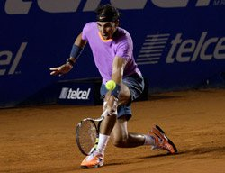 Nadal breezes into quarters