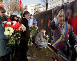 World allies mourn Hugo Chavez's demise