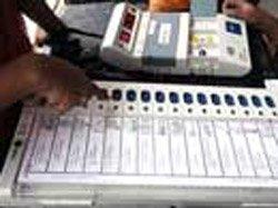 Around 45 percent voting in Karnataka urban local bodies poll