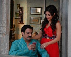 'Saheb Biwi Aur Gangster' movie review: Rerun of the quirky and violent