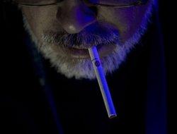 Smoking no longer glamorous, says British study