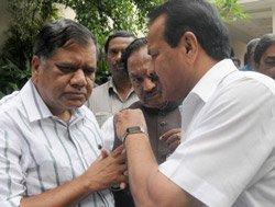 BJP routed in Karnataka municipal polls